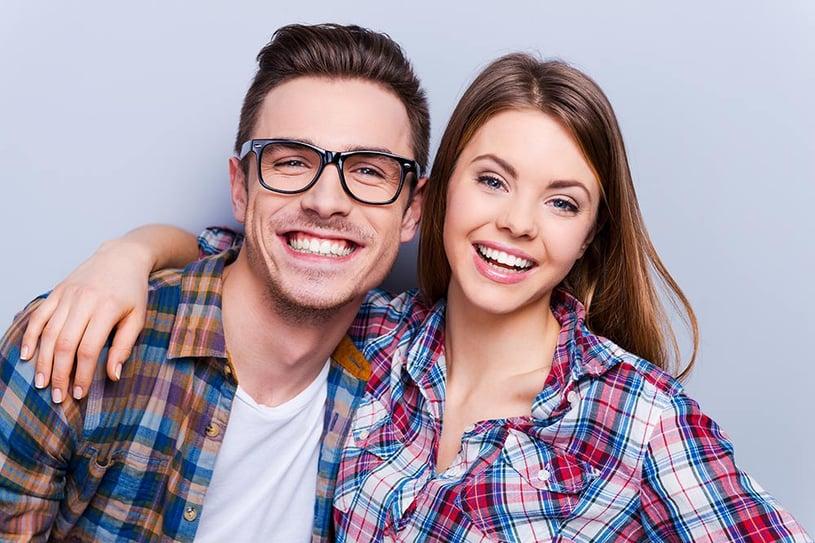 lenti a contatto o occhiali per la miopia
