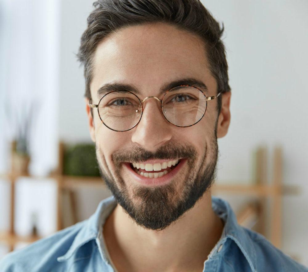 molatura-per-migliori-occhiali-per-astigmatici