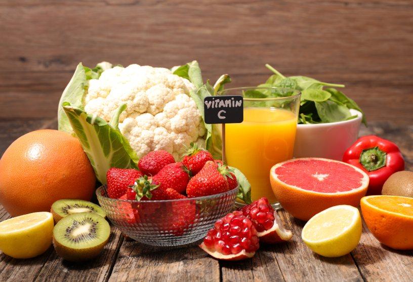 alimenti che fanno bene agli occhi vitamina-c