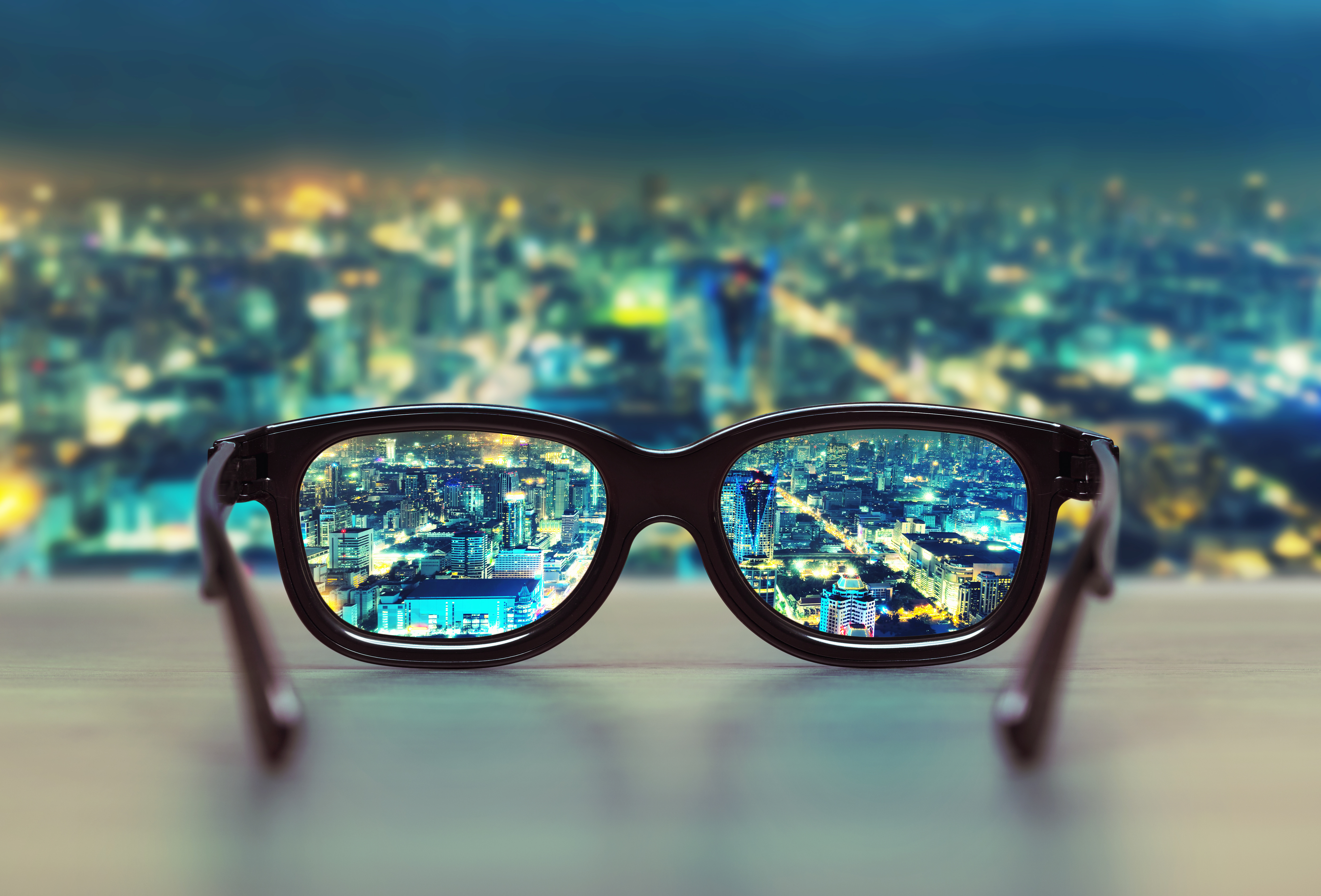 migliori-lenti-per-occhali-di-astigmatici
