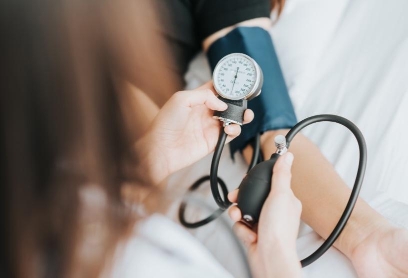 vista e alimentazione-pressione-sanguigna