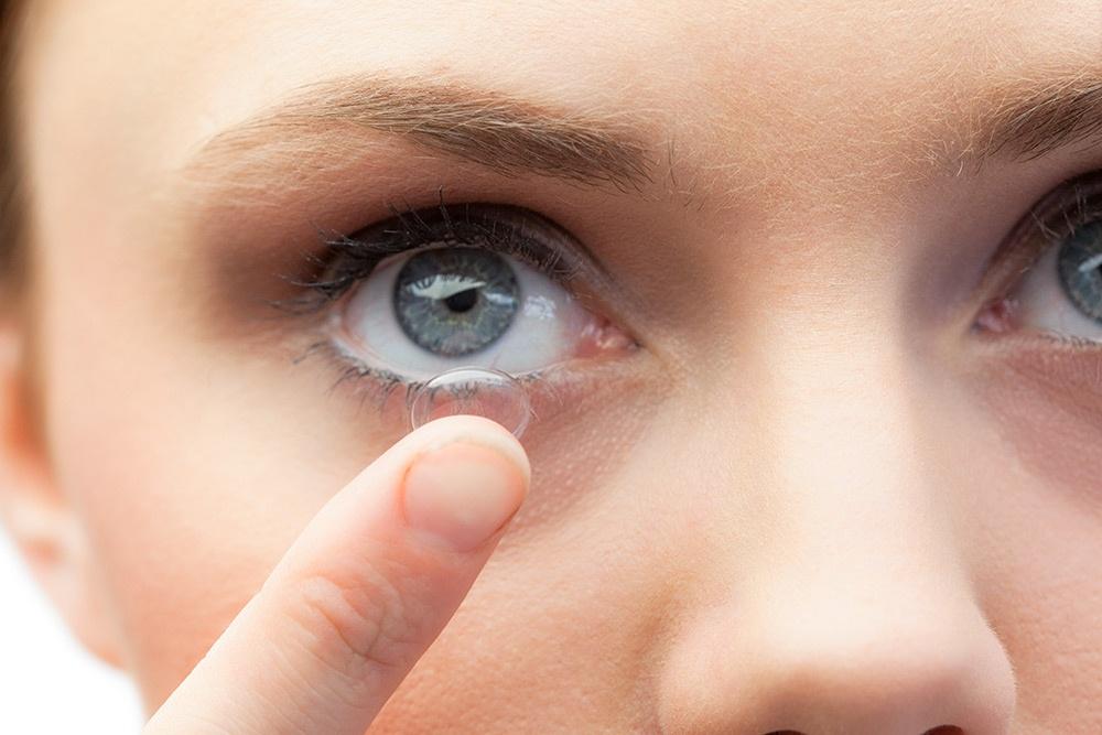 Lenti a contatto per miopia: quali scegliere