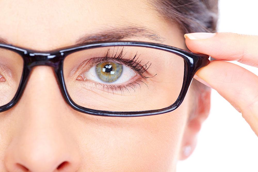 Miopia sintomi: quali sono le cause?