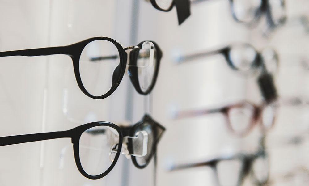 Scegliere gli occhiali per la presbiopia: monofocali, multifocali o degressivi?