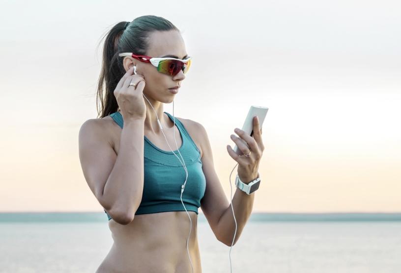 Come scegliere l'occhiale da sole per gli sport estivi