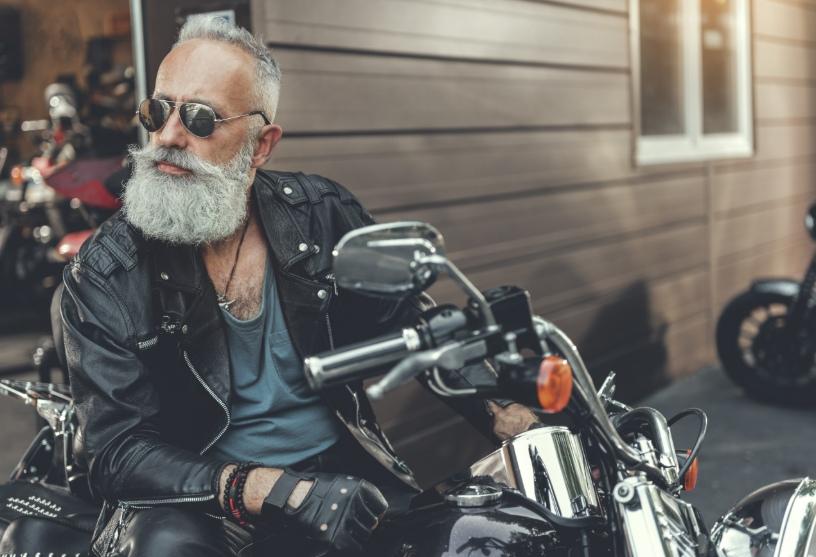 7 elementi da valutare per scegliere gli occhiali da motociclista