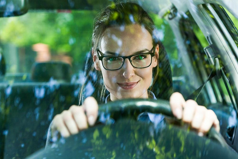 Rinnovare la patente di guida, i requisiti visivi da soddisfare